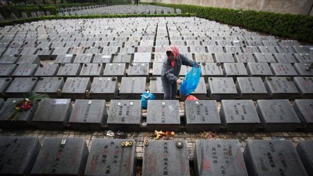 Trung Quốc với cuộc chiến chống...quan tài - Ảnh 3.