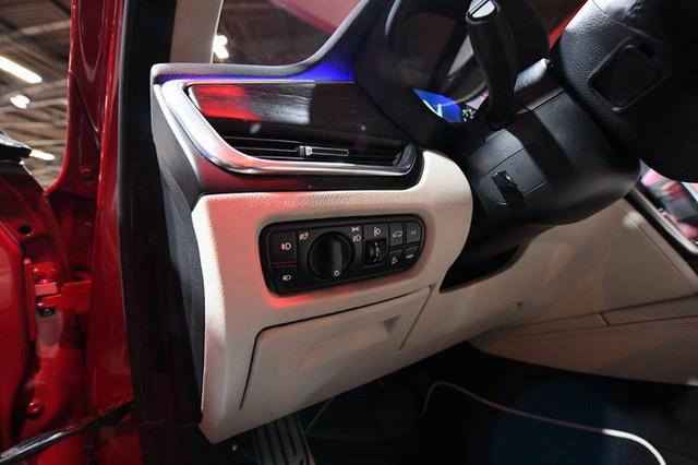 đầu tư giá trị - photo 7 15384753156981248703656 - [Ảnh hot] Nội thất lần đầu lộ diện của 2 chiếc xe VinFast: Vượt loạt đối thủ cùng phân khúc D!