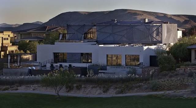 """ngôi nhà tuyệt đẹp - photo 14 15400861832091766544224 - Ngôi nhà tuyệt đẹp mọc lên giữa mênh mông """"biển cát"""""""