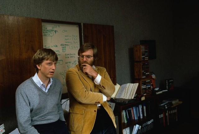 Bill Gates: Paul Allen đã thay đổi cuộc đời tôi như thế đó - Ảnh 2.