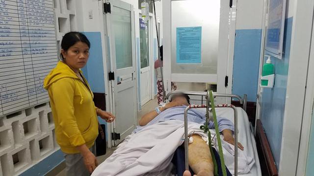 Mẹ của nạn nhân bị thương nặng trong vụ ô tô BMW đâm liên hoàn ở Sài Gòn: Con chỉ kịp thì thào với tôi vài câu - Ảnh 4.