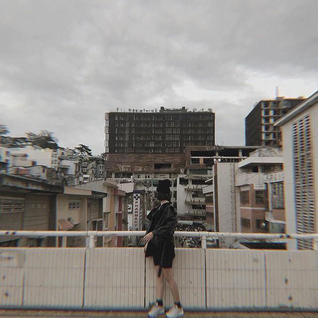Chụp ảnh style Hồng Kông trong phút mốt ở ngay góc chợ Đà Lạt - Ảnh 7.