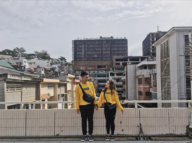 Chụp ảnh style Hồng Kông trong phút mốt ở ngay góc chợ Đà Lạt - Ảnh 8.