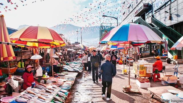 5 chaebol tăng trưởng nhanh hơn cả toàn bộ nền kinh tế: Cơn đau đầu của Hàn Quốc - Ảnh 2.