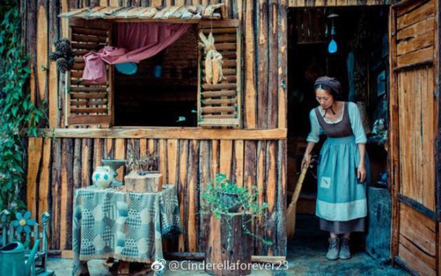 Ngôi nhà trên núi đẹp như tranh vẽ và cuộc sống bình lặng của cô gái tự nhận mình là cô bé Lọ Lem - Ảnh 2.