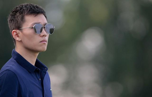chân dung tân chủ tịch inter milan: - photo 16 15407963005031314109144 - Chân dung tân chủ tịch Inter Milan: 27 tuổi, con trai tỷ phú Trung Quốc, đẹp như tài tử