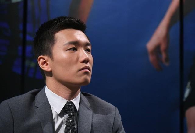 chân dung tân chủ tịch inter milan: - photo 6 1540796300486541688565 - Chân dung tân chủ tịch Inter Milan: 27 tuổi, con trai tỷ phú Trung Quốc, đẹp như tài tử