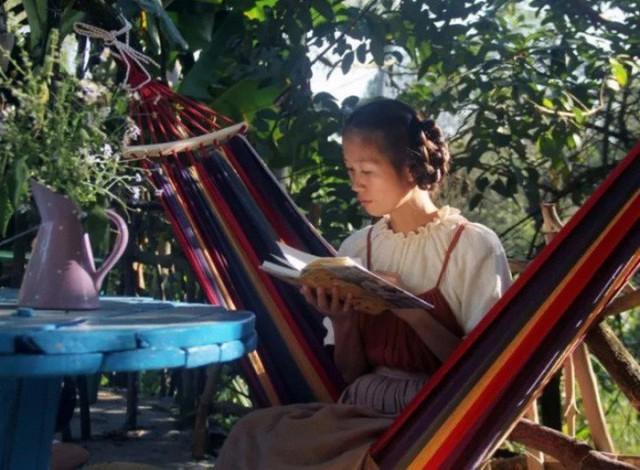 Ngôi nhà trên núi đẹp như tranh vẽ và cuộc sống bình lặng của cô gái tự nhận mình là cô bé Lọ Lem - Ảnh 8.