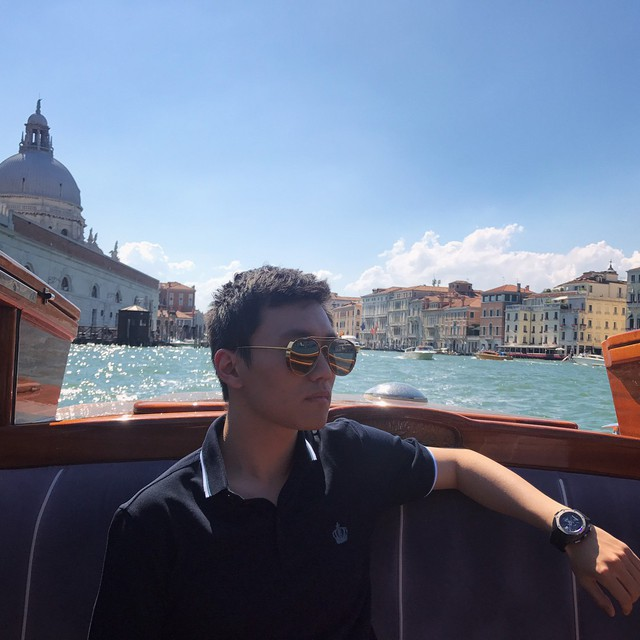 chân dung tân chủ tịch inter milan: - photo 9 15407963004941349405180 - Chân dung tân chủ tịch Inter Milan: 27 tuổi, con trai tỷ phú Trung Quốc, đẹp như tài tử