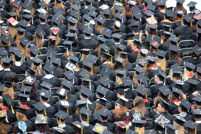 Lên đại học nhàn lắm, tha hồ chơi - Câu nói khiến bao nhiêu người vỡ mộng khi trở thành sinh viên - Ảnh 3.