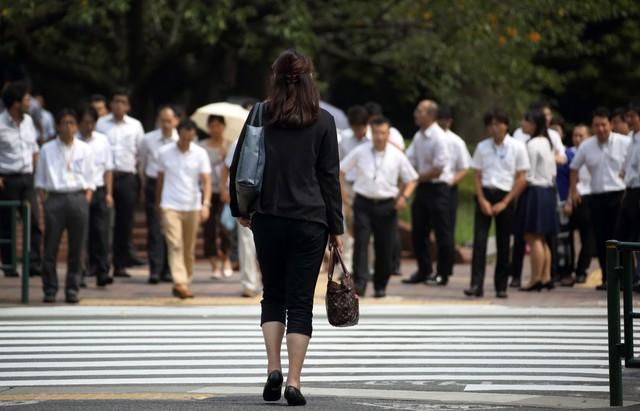 Vì sao phụ nữ là cứu tinh của nền kinh tế Nhật Bản? - Ảnh 4.