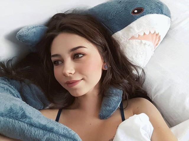 chú cá mập blaha - photo 8 1540899229113853622504 - Gặp gỡ Blaha – Chú cá mập nhồi bông đến từ IKEA đang làm náo loạn mạng xã hội thế giới