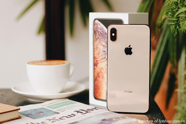 iPhone mới hút khách, 3.400 máy đã được đặt mua tại FPT Shop ngay trong ngày đầu  - Ảnh 1.