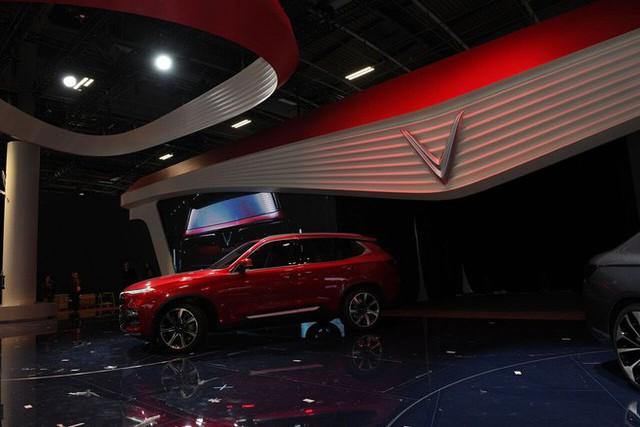 Vinfast - Paris Motor Show Khi VinFast đang nổi đình nổi đám, Vinaxuki - thương hiệu xe hơi Thứ nhất của VN ở đâu? - Ảnh 2.