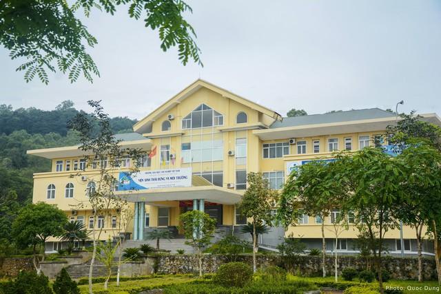 Đây là Đại học duy nhất ở Việt Nam có 1 khu rừng tuyệt đẹp ngay trong khuôn viên trường, tha hồ sống ảo - Ảnh 14.