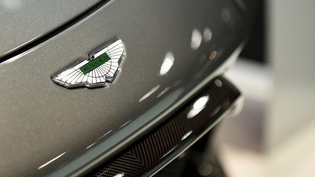 Hãng xe sang Aston Martin gây thất vọng khi lên sàn - Ảnh 1.