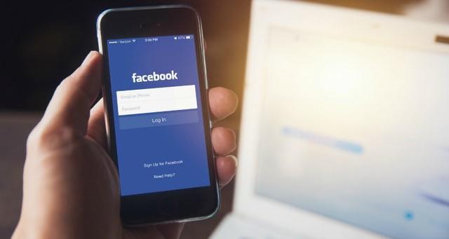 Bức ảnh này sẽ cho thấy cá mập Facebook húp trọn hết người dùng như thế nào chỉ sau 7 năm - Ảnh 1.