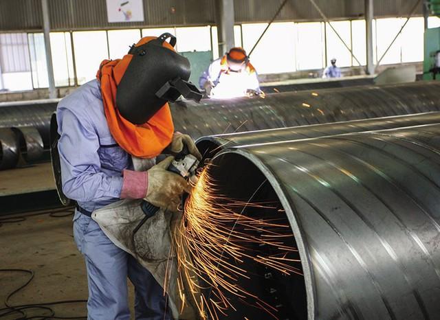 Từ bình luận không phải ngẫu nhiên Samsung đầu tư hơn 17 tỷ USD vào Việt Nam đến lý lẽ về thời vận mới của nước ta giữa lúc Trade War nóng bỏng của SMCP - Ảnh 5.