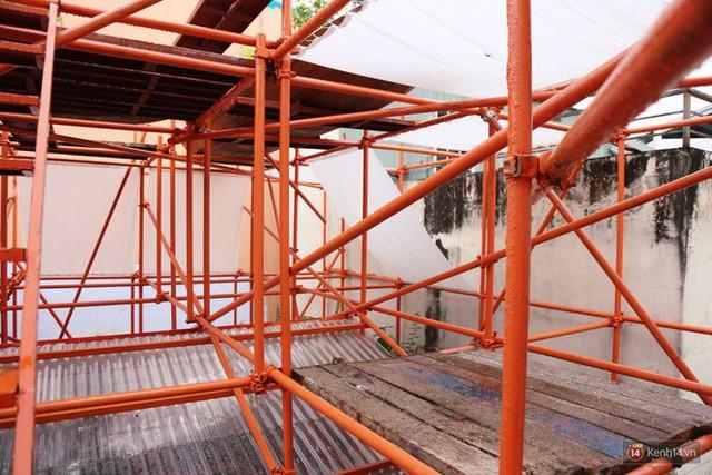 Kỳ lạ quán cafe như công trình đang xây dựng ở Sài Gòn: Đầu tư 2 tỷ, dự đoán tuổi thọ chỉ... 10 năm - Ảnh 18.