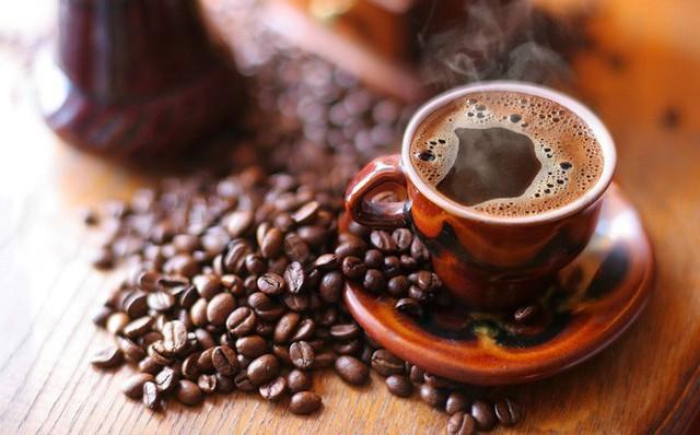 uống nhiều cà phê - photo 1 15410555404741252532054 - Một nghiên cứu lớn quan sát thấy người càng uống nhiều cà phê thì càng sống lâu