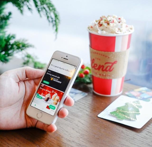 Starbucks Việt Nam ra mắt ứng dụng smartphone: Check được ngay cửa hàng nào gần nhất, uống cà phê chẳng cần mang tiền mặt - Ảnh 1.
