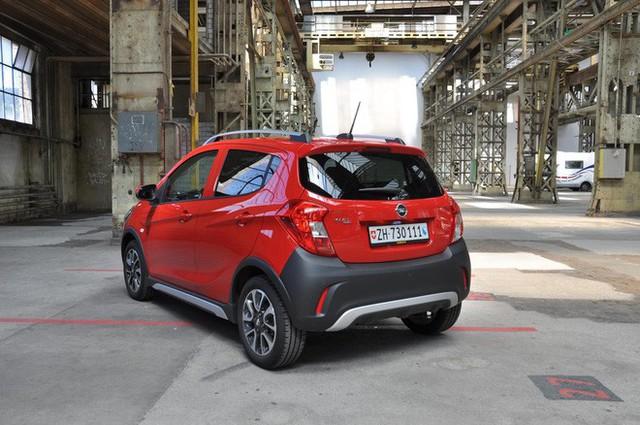 Đoán sở hữu trên xe nhỏ giá rẻ VinFast Fadil khi nhìn từ cặp xe song sinh Chevrolet Spark, Opel Karl - Ảnh 4.