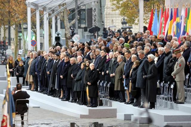 Những hình ảnh đặc biệt tại buổi lễ kỉ niệm 100 năm kết thúc Thế chiến I - Ảnh 3.