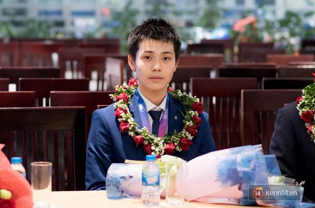 Nam sinh 2002 đẹp trai như nam thần, giành HCB Olympic Thiên văn học Quốc tế: Mê chơi LOL, đang tập gym để có 6 múi - Ảnh 12.