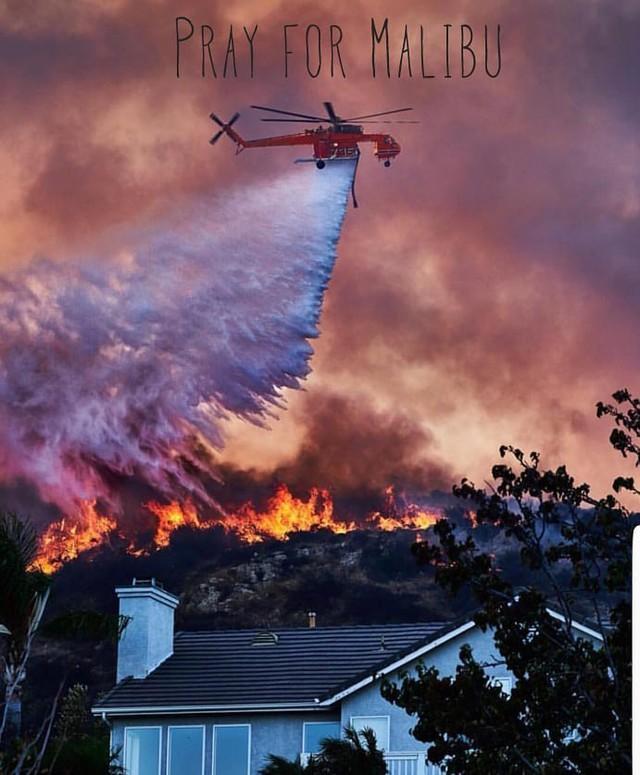 Chùm ảnh California sau cháy rừng: Thiên đường chìm trong biển lửa, con người nhỏ bé trốn chạy nhưng không bao giờ bỏ cuộc - Ảnh 27.