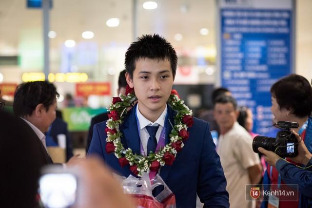 Nam sinh 2002 đẹp trai như nam thần, giành HCB Olympic Thiên văn học Quốc tế: Mê chơi LOL, đang tập gym để có 6 múi - Ảnh 4.