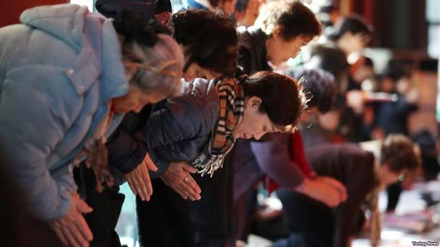 Những điều kỳ dị trong kỳ thi ĐH ở Hàn Quốc: Tặng giấy vệ sinh để giải quyết đề nhanh gọn, ngủ quá 4giờ/ngày sẽ thi trượt - Ảnh 7.