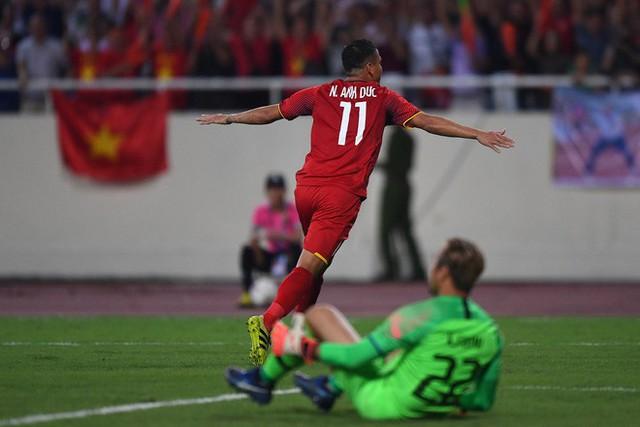 Anh Đức, tiền đạo thuộc hàng hiếm của bóng đá Việt Nam: Cuộc chơi và sứ mệnh của anh dường như chỉ mới mở ra thôi! - Ảnh 13.