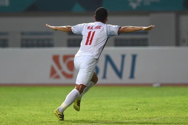 Anh Đức, tiền đạo thuộc hàng hiếm của bóng đá Việt Nam: Cuộc chơi và sứ mệnh của anh dường như chỉ mới mở ra thôi! - Ảnh 8.