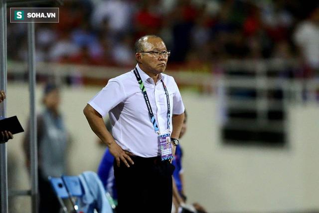 BLV Quang Huy: Cách chơi của ông Park có thể ít thăng hoa, xúc cảm nhưng là tốt nhất - Ảnh 2.