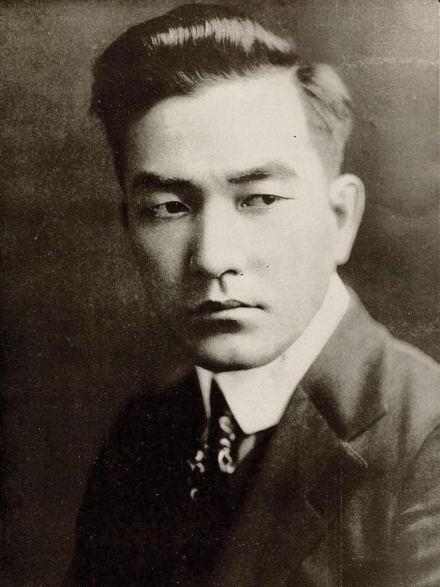 Nam diễn viên đầu tiên được coi là người đàn ông sexy nhất Hollywood là một thanh niên Nhật Bản - Ảnh 1.