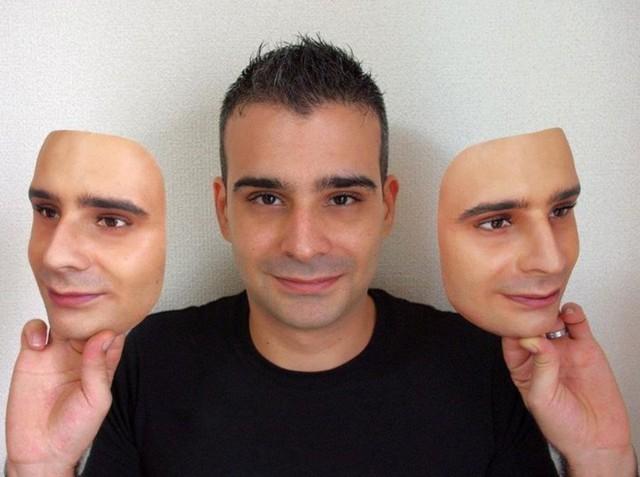 Công ty Nhật Bản này đang thường ngày tạo ra những chiếc mặt nạ 3D chân thật đến đáng sợ - Ảnh 12.