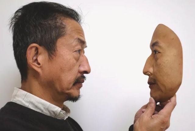 Công ty Nhật Bản này đang thường ngày tạo ra những chiếc mặt nạ 3D chân thật đến đáng sợ - Ảnh 3.