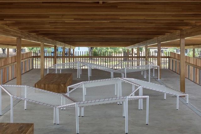 Ngôi trường làm từ gỗ và gạch bùn trong rừng nhiệt đới Brazil giành giải kiến trúc xuất sắc nhất thế giới 2018 - Ảnh 8.