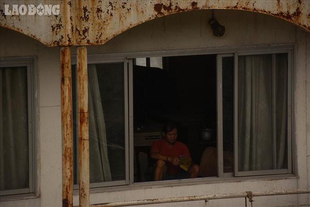 Bến du thuyền hồ Tây xa hoa 1 thời sao lại biến thành nghĩa địa hoang tàn thế này? - Ảnh 9.