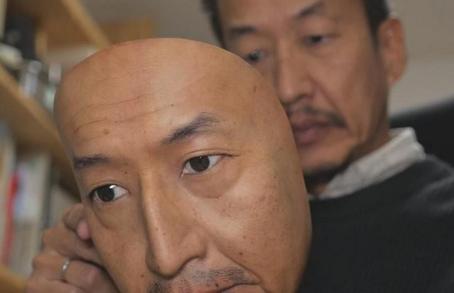 Công ty Nhật Bản này đang thường ngày tạo ra những chiếc mặt nạ 3D chân thật đến đáng sợ - Ảnh 10.