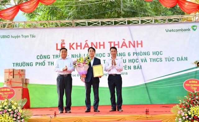 Vietcombank tài trợ 3 tỷ đồng xây nhà lớp học tại tỉnh Yên Bái - Ảnh 1.
