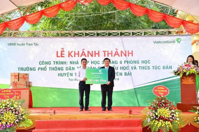 Vietcombank tài trợ 3 tỷ đồng xây nhà lớp học tại tỉnh Yên Bái - Ảnh 2.