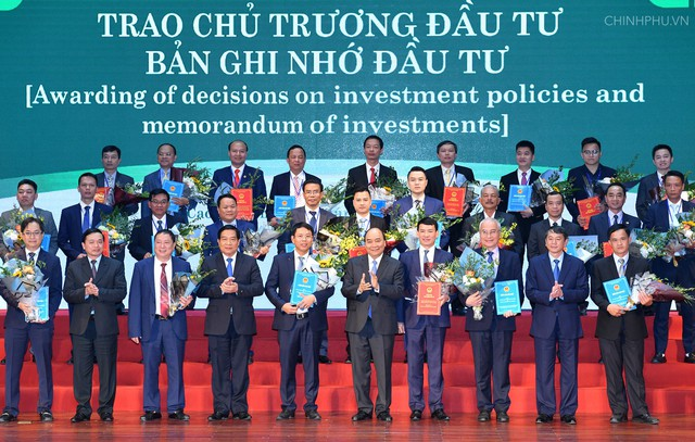 Thủ tướng mong các nhà đầu tư giúp Cao Bằng không cao hơn thì cũng phải bằng - Ảnh 2.