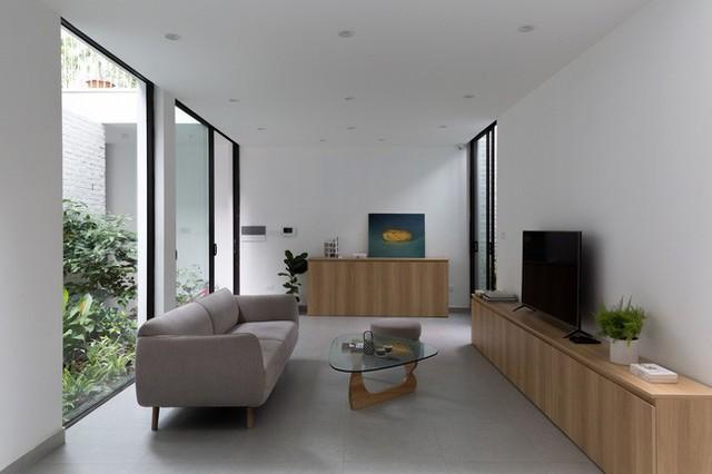 Xây từ miếng đất nhiều nhược điểm, ngôi nhà 85m² ở Hà Nội này vẫn được trầm trồ khen vừa đẹp, vừa xanh - Ảnh 5.