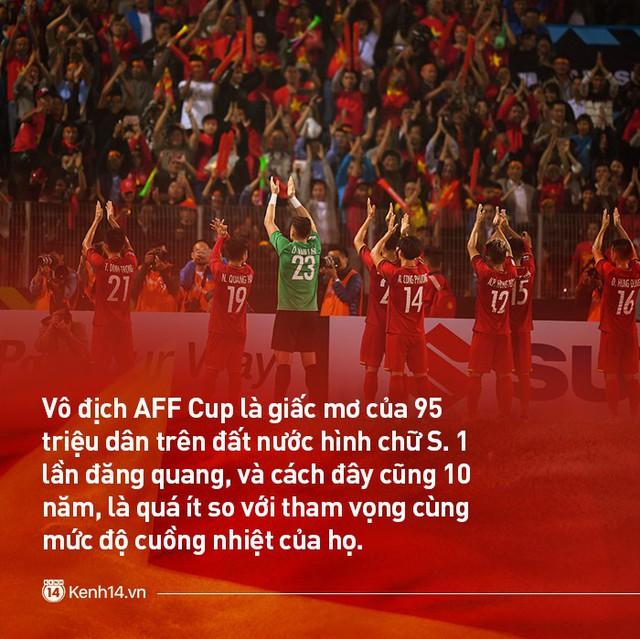 """Tuyển Việt Nam trước bán kết AFF Cup 2018: Mang """"Bầy chó hoang"""" tới đây - Ảnh 2."""