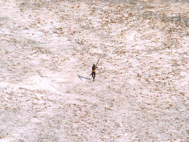 Bộ tộc giết người lạ trên đảo Sentinel từng 11 lần bị người hiện đại quấy rầy, và đây là những gì đã xảy ra - Ảnh 11.