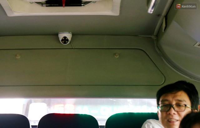 26 xe buýt ở Sài Gòn được lắp nhiều camera, loa cảnh báo để ngăn chặn quấy rối tình dục - Ảnh 5.