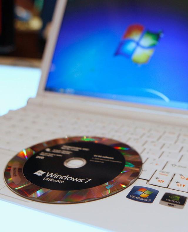 Lần cuối Microsoft có giá trị vượt Apple, iPhone 4 còn chưa công bố và chúng ta vẫn cài Windows 7 bằng đĩa CD - Ảnh 6.