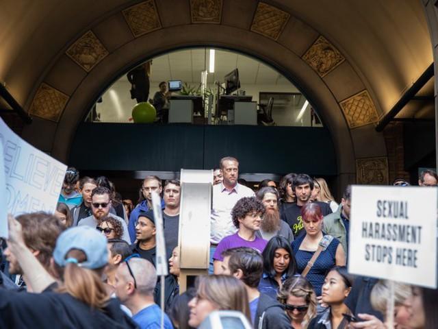 Hơn 20.000 nhân viên biểu tình phản đối Google - Ảnh 1.