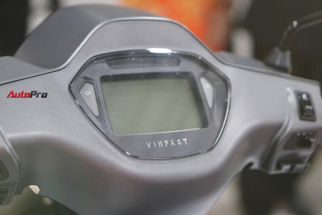 Chuyên gia giải đáp về xe máy điện VinFast: kháng nước tiêu chuẩn gì? Bảo hành bao lâu? Sạc bao phút thì chạy được? - Ảnh 5.